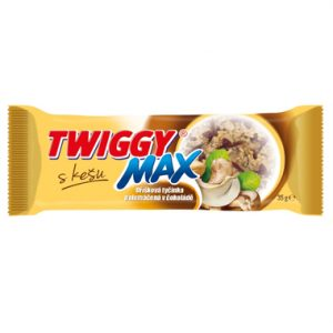 twiggy max bar with chocolate and cashews